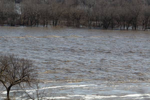 Platte River Flooding, Zoom Shot by WxKnowltey