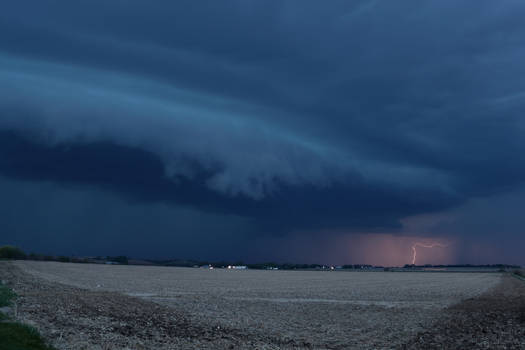 05-04-2019 - Lightning Striking Tree - Blair, NE