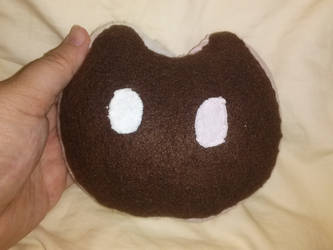 Cookie Cat plush by fyrenwater