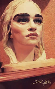 emilia clarke sculpture III