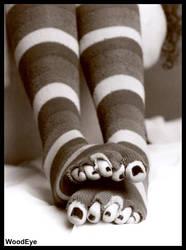 Eliza peeking toes by woodeye