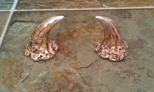 Puck's Horns