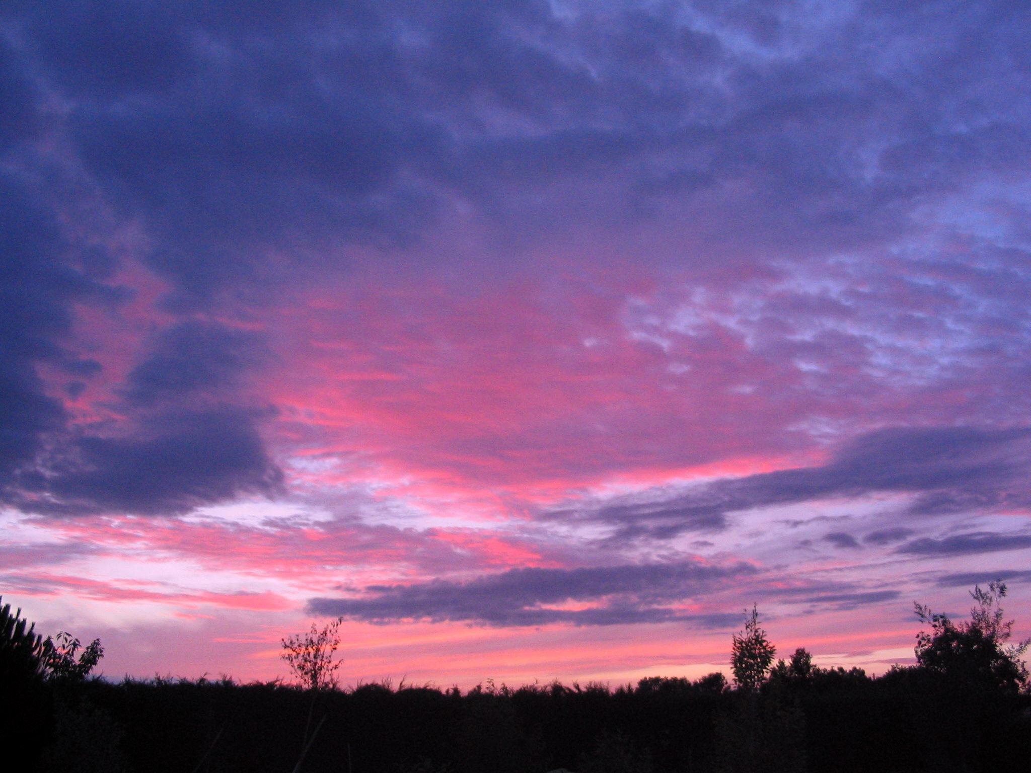 Purple Sky at night? by xXRookieXx on DeviantArt