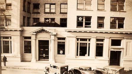 Infrastock Vintage Officebuil