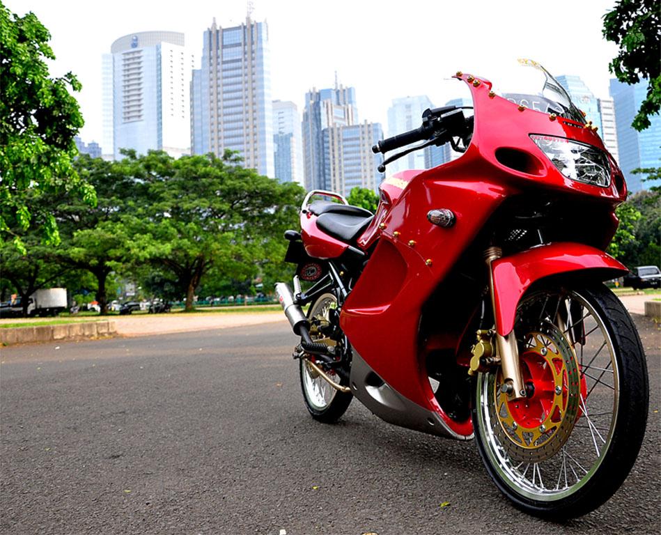 Modifikasi Motor & Mobil: Modifikasi Ninja Rr