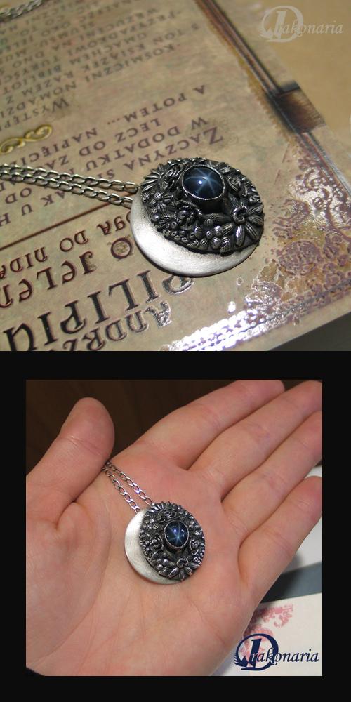 Luna by drakonaria