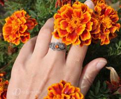 Twig ring, carnelian by drakonaria