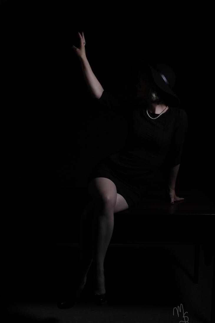 Noir by Zebrapluschi