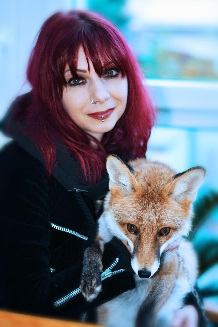 Fox love by Drastique-Plastique