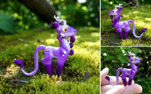 Purple Mini Unicorn - Sculpture by Escaron
