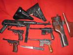 WWII GERMAN GUNS MP40