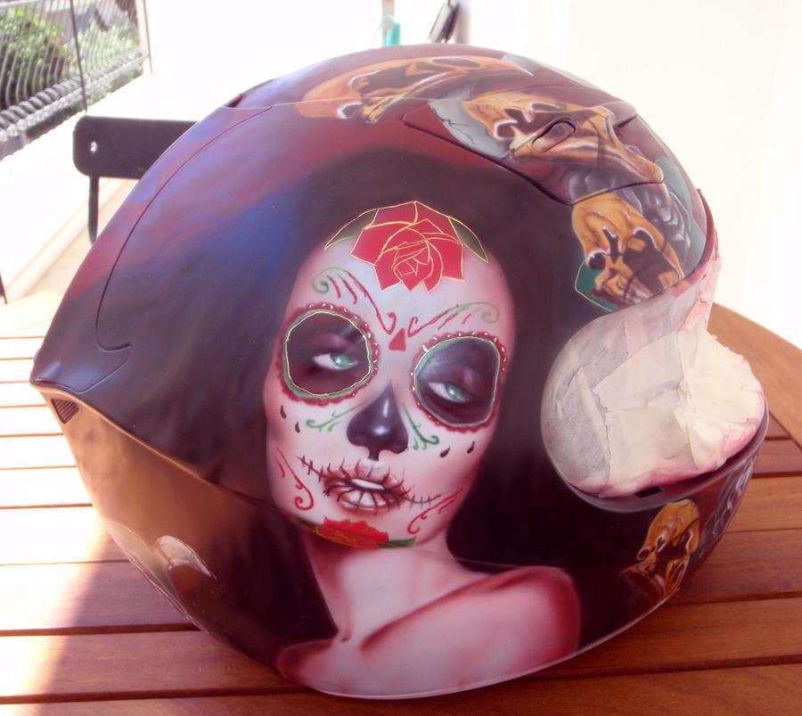 helmet airbrush Sylvia Ji