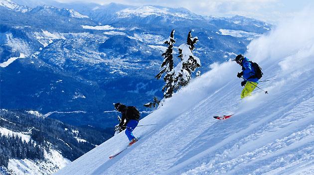 Skiing in Whistler by darkspeeds