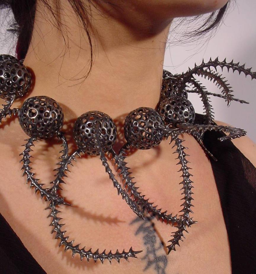 diatomaceous neckpiece by discomedusa