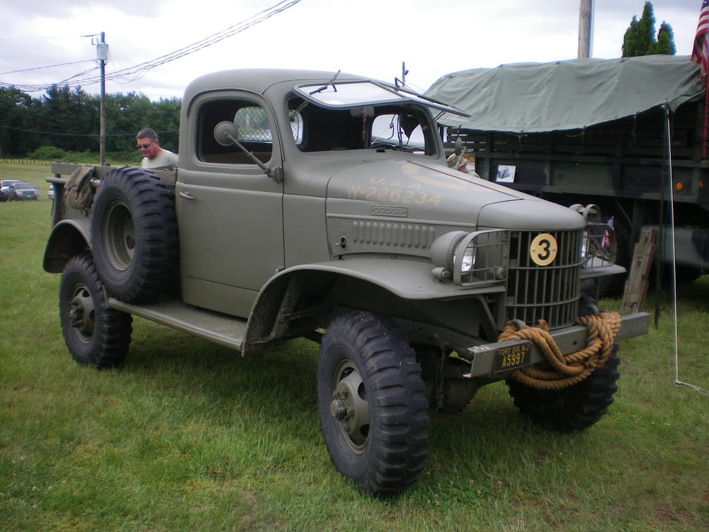 Old Army Truck 1 by noneofurbussiness on DeviantArt