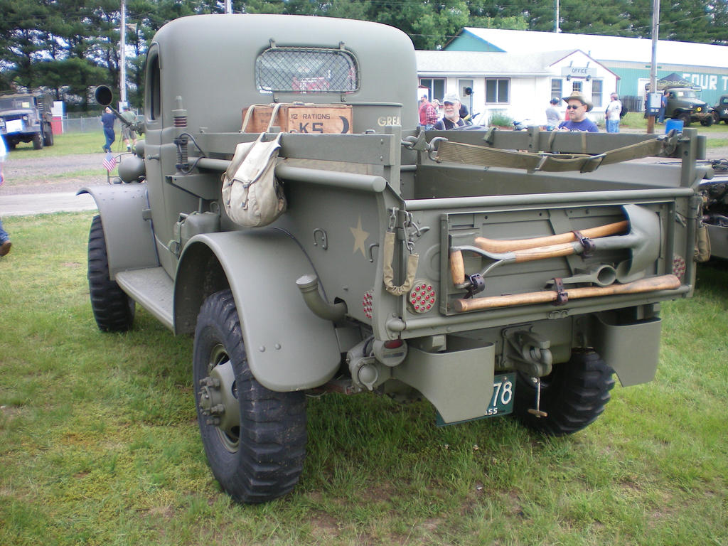 Old Army Truck 2 By Noneofurbussiness On Deviantart