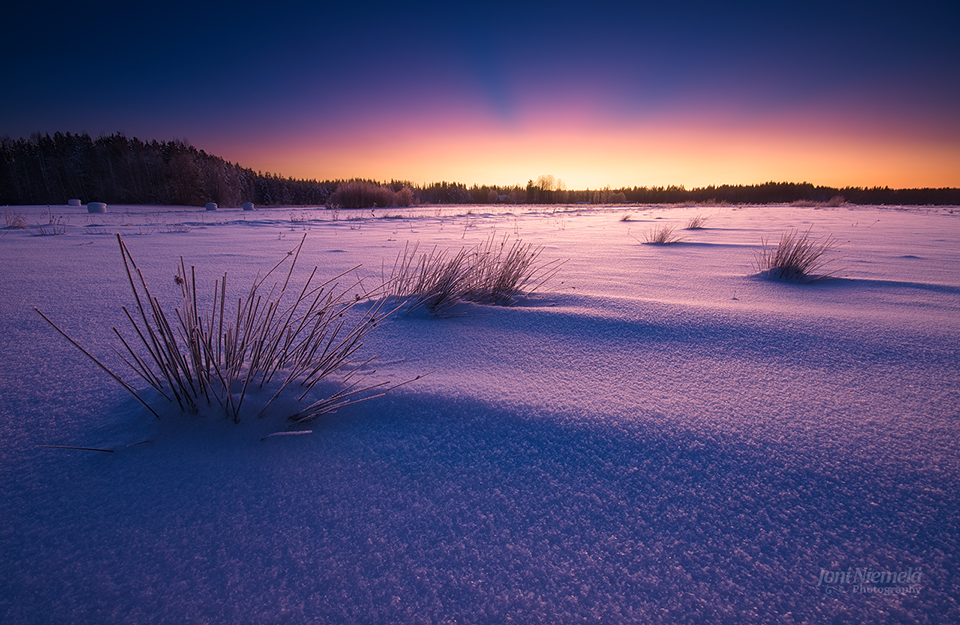 Snow Desert by JoniNiemela