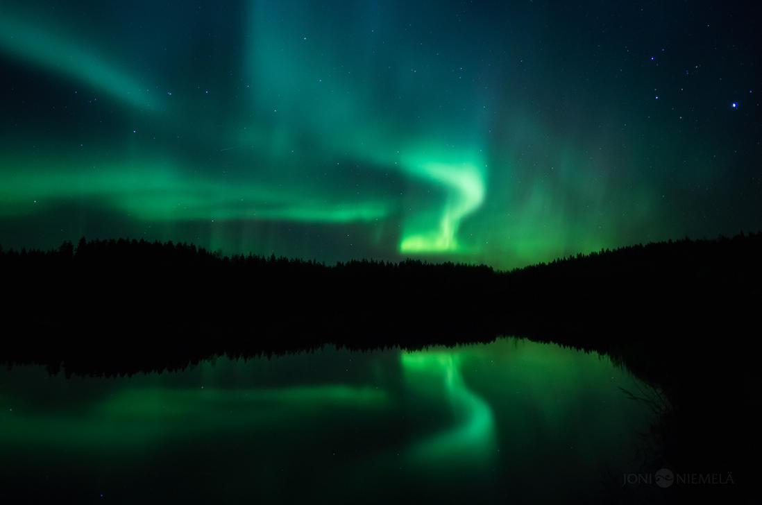 Spooky Auroras by Nitrok