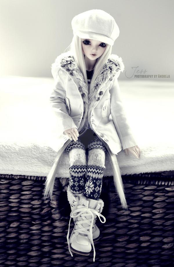 Jess - winter fashion by AndrejA