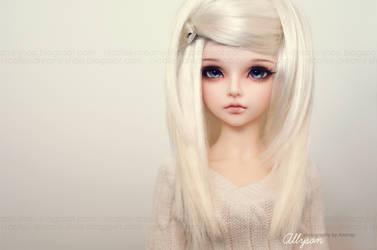 Meet Allyson by AndrejA