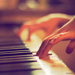 unplayed piano by theaudioslave