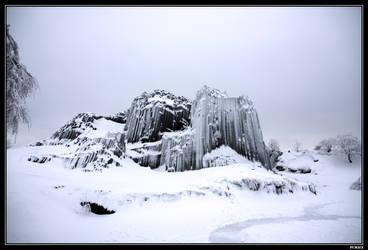 Lord's Rock in winter by pumacz