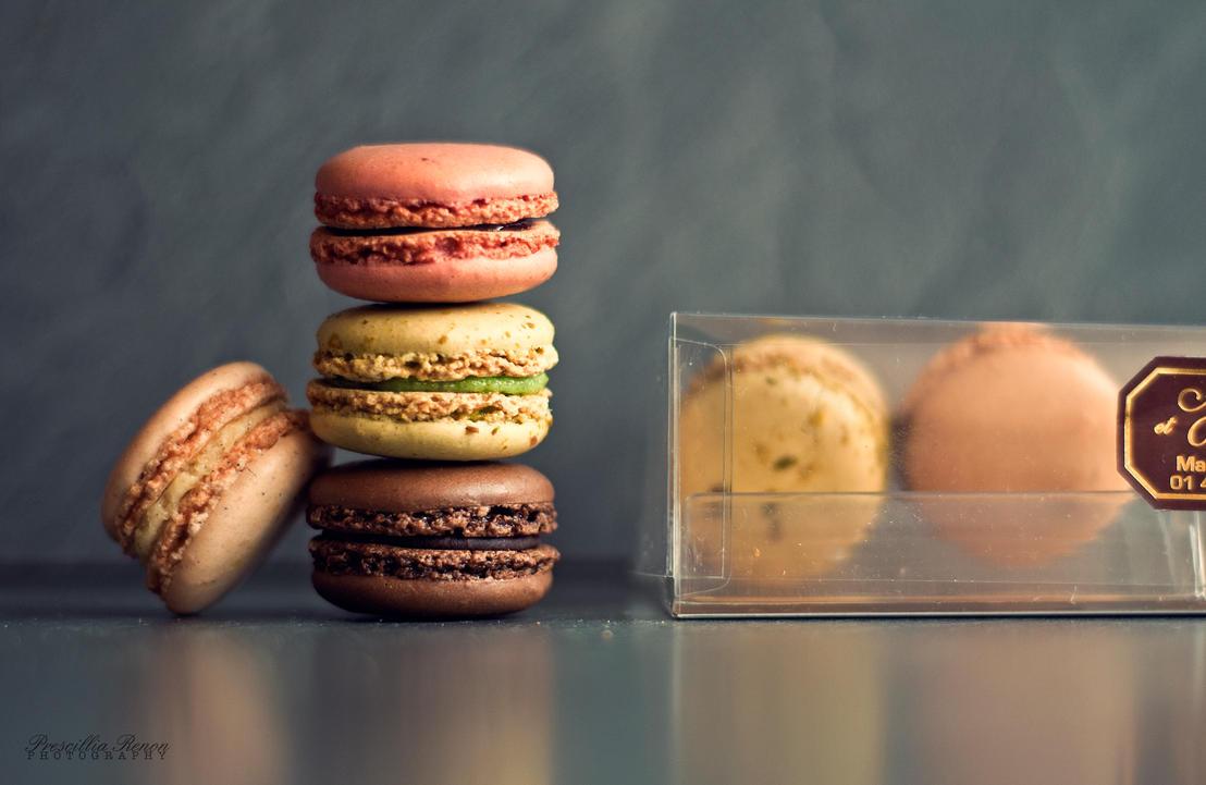 Macarons 6 by iWhitedust