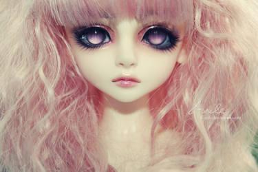 The new looking princess by AlunaSkye