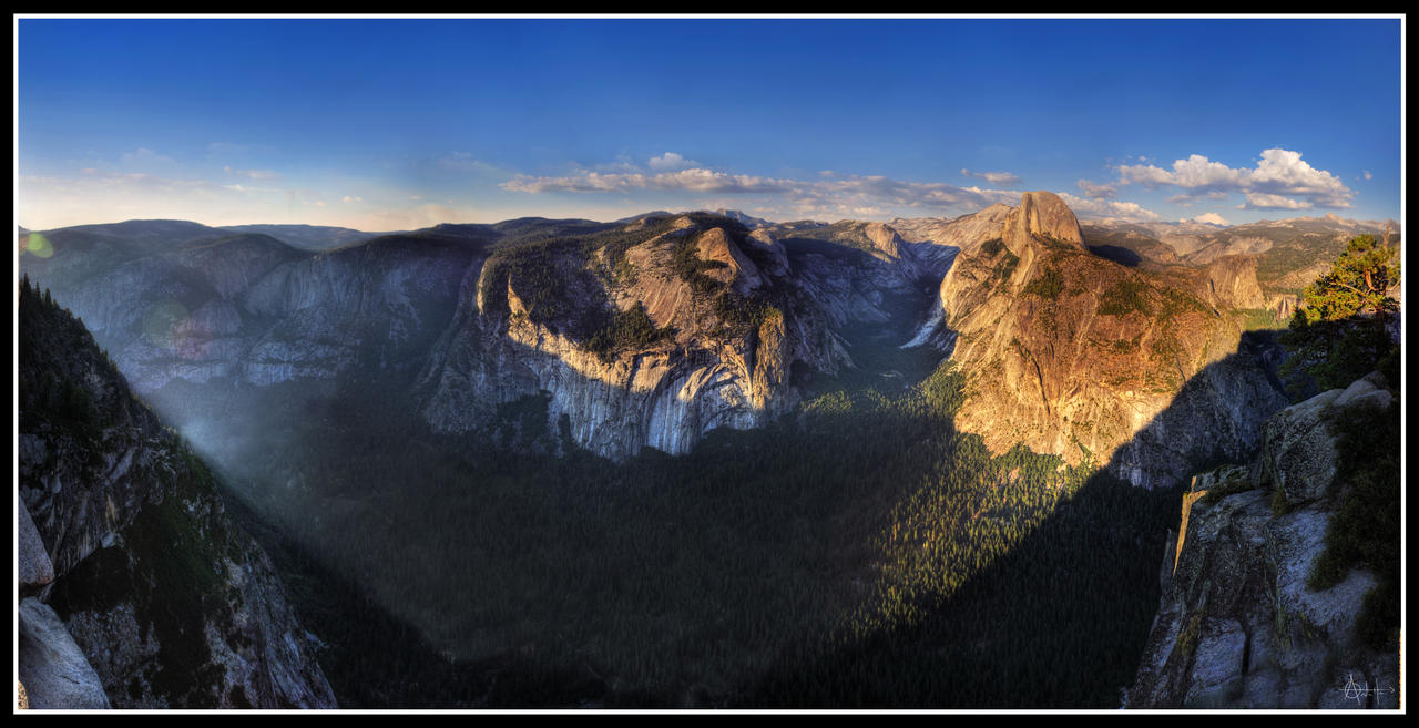 Sunlit Domes - Yosemite Valley by fr1gidity