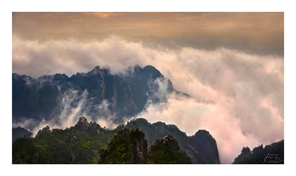 Surreality - Huangshan Light