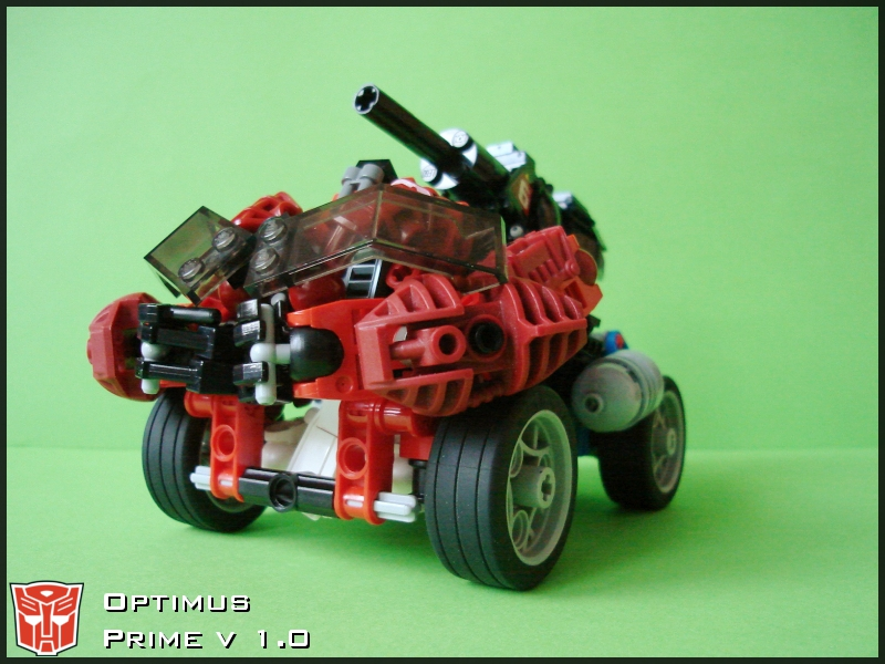 [MOC] Optimus Prime v 1.0 Vehicle Mode by QuQuS