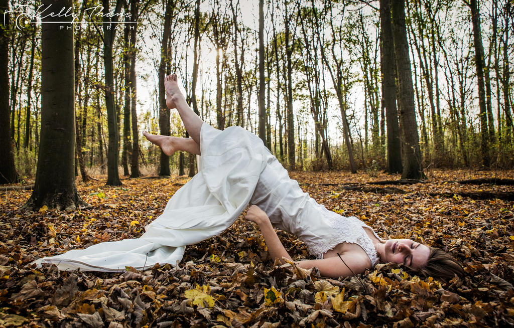 Autumn Dreams by CatCleopatra