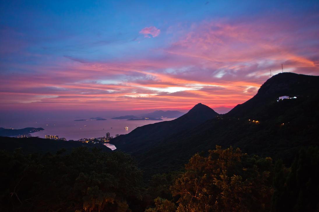 Victoria Peak by Valentin-Stanciu