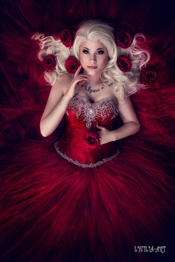 Lady in red by Lycilia