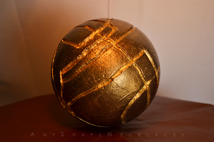 Assassin's Creed Apple of Eden replica by AnyShapeNecklaces