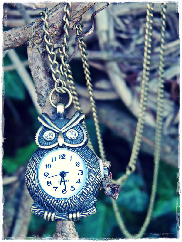 Time Watcher by MadeByHand