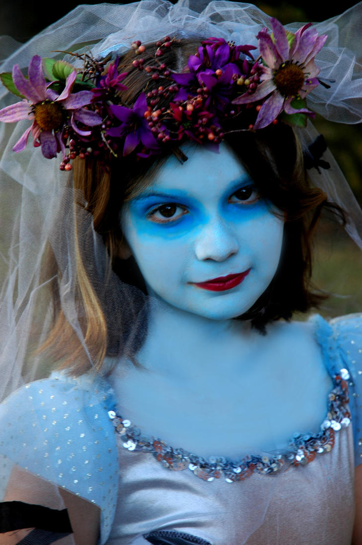 Pearl blue eyes, Corpse Bride by Sweetbellaroe