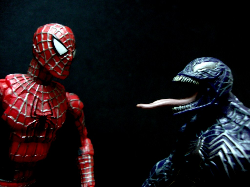 spiderman vs sandman and venom
