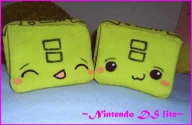 Nintendo DS Lite Plushie by xFannyx