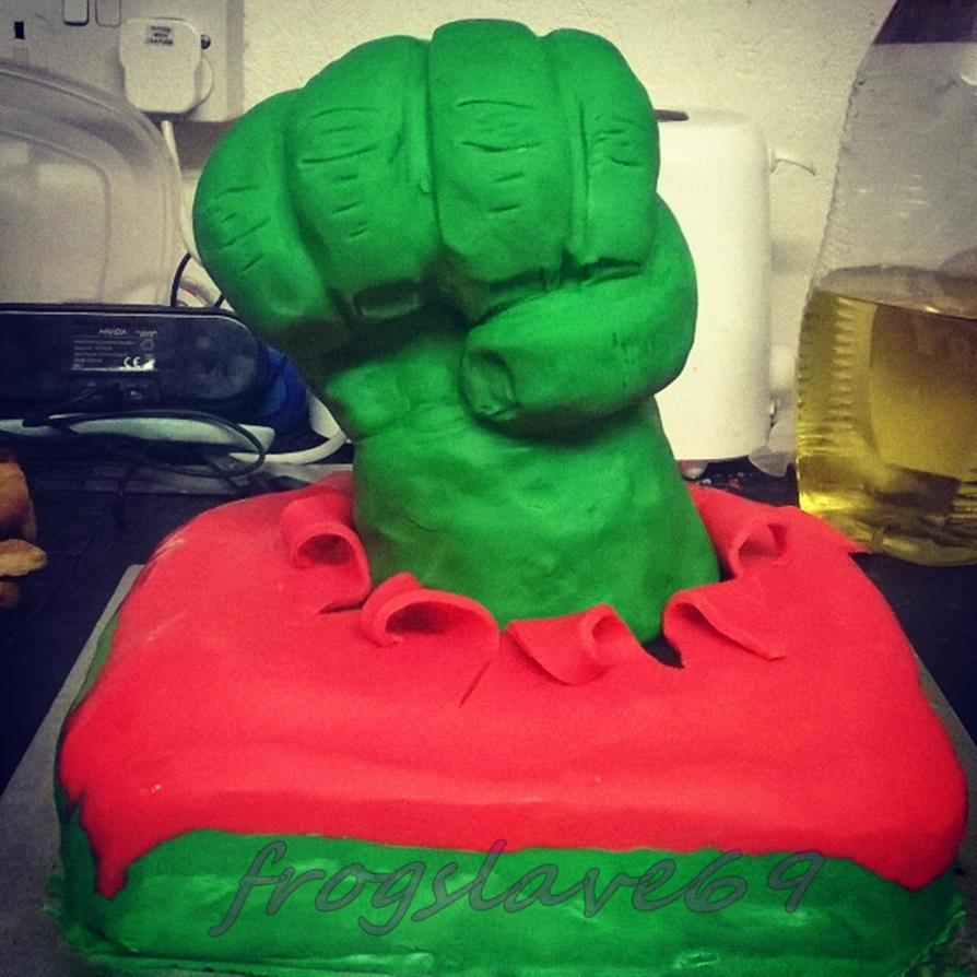 hulk birthday cake by frogslave69