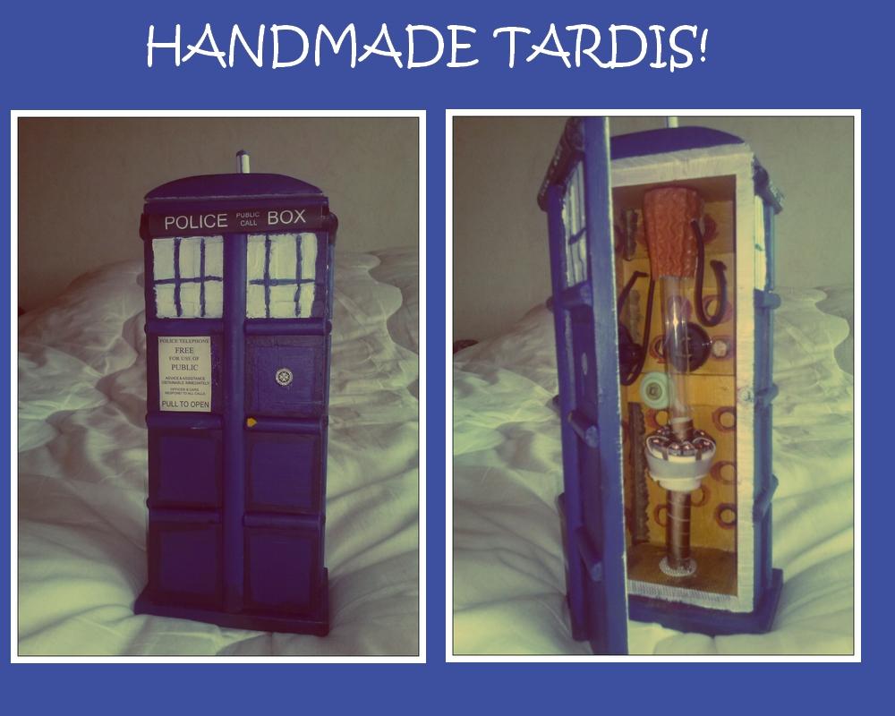 Handmade TARDIS by asuza68