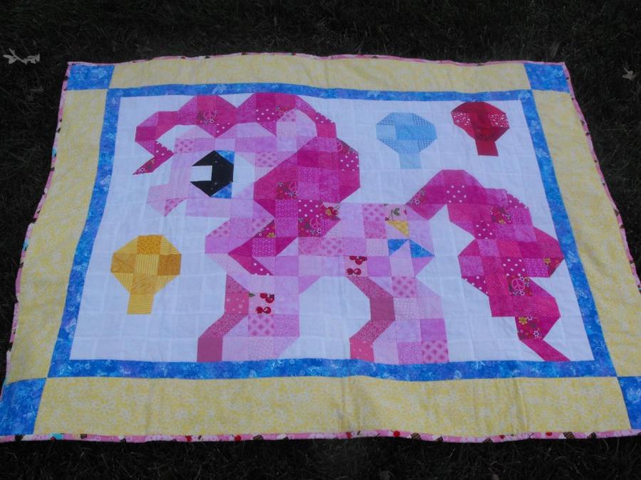 Pinkie Pie Quilt by jysalia