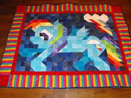 Rainbow Dash Quilt by jysalia