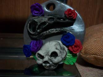 Skull pendant by noctalys