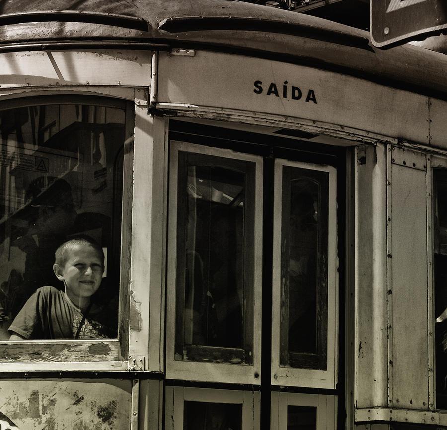 Rapaz da Saida by Snowstone