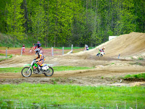 KX250 on the track - 2
