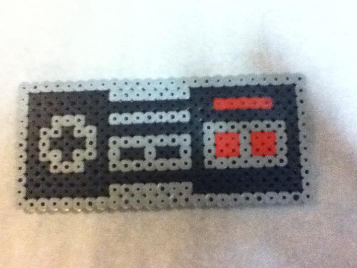 Perler- NES Controller