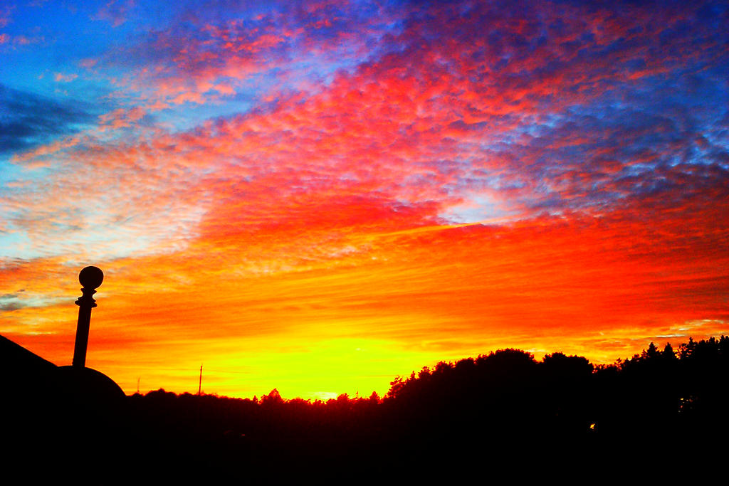 Sunset- high saturation, contrast- low brightness by ...