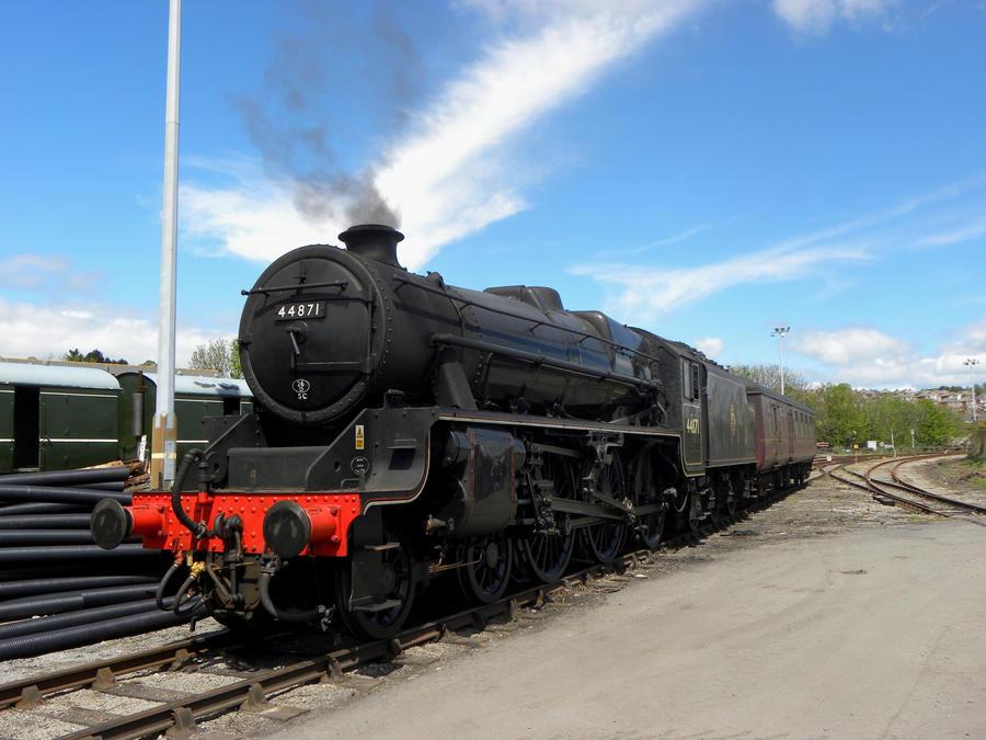 44871 XV by matt-durkan-railways