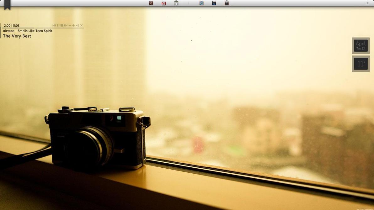 Camera minimal by qamu74 on deviantart for Camera minimal